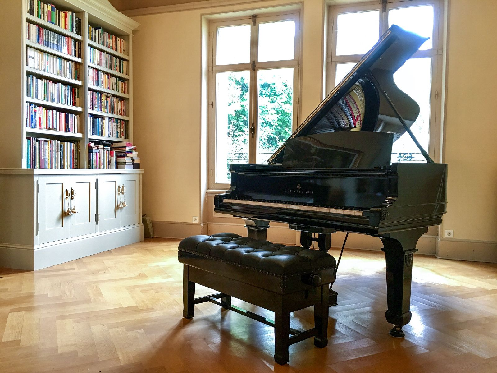 Steinway piano for Dr Stephen Carr